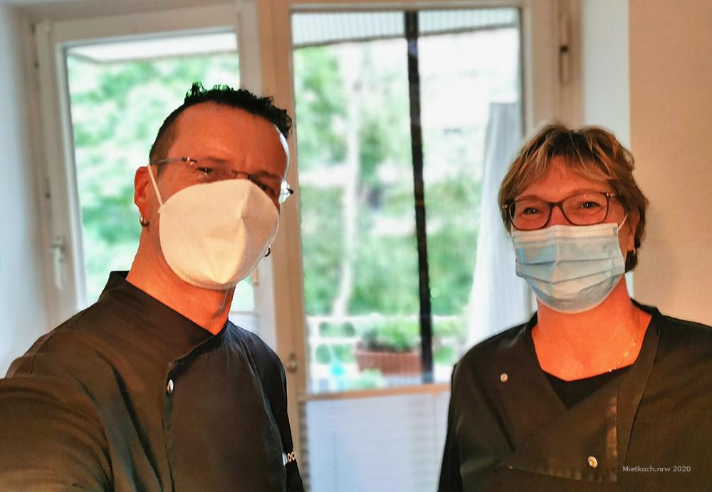 Mietkoch Christian Pukownik und seine Mitarbeiterin Karin